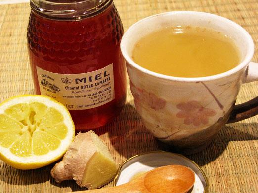 Tea with honey and lemon - how to drink?