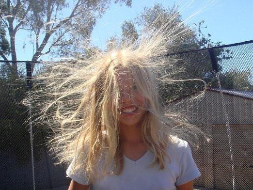 What to do so that the hair is not electrified?