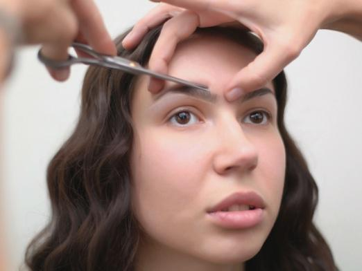 How to cut eyebrows?