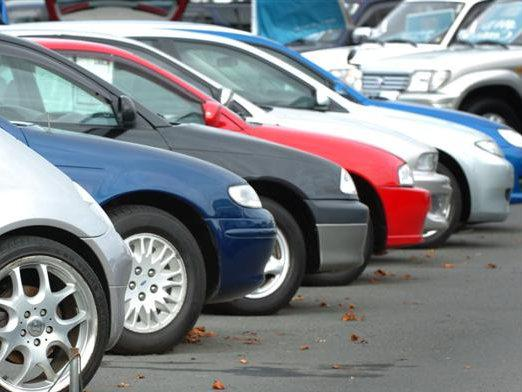 What kind of car to buy a novice driver?