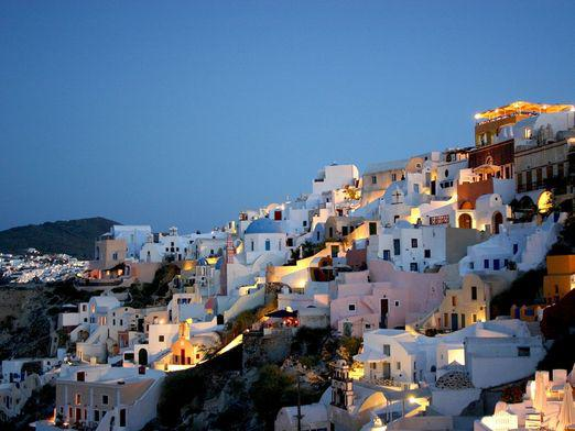 How to get to Santorini?