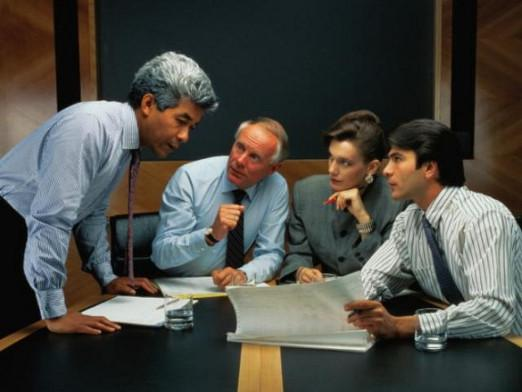 How to behave with subordinates?