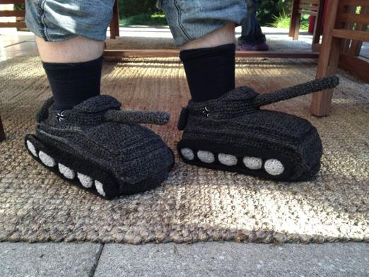 How to knit sneakers tanks?