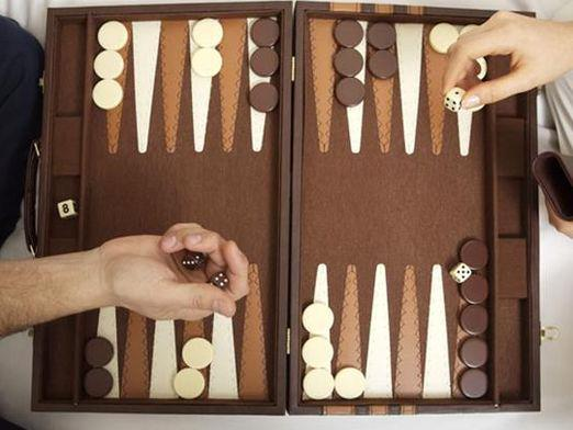 How to win in backgammon?