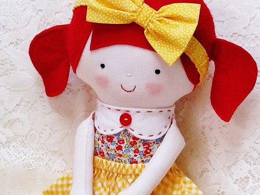 How to sew a doll?