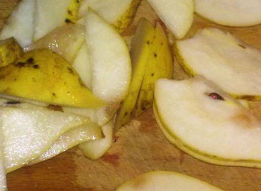 How to cook a pear?