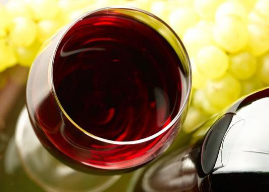 How to make homemade red wine?