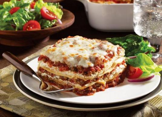 How to cook lasagna at home?