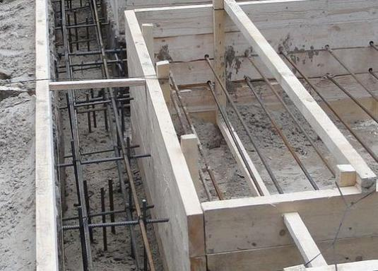 How to knit reinforcement for the foundation?