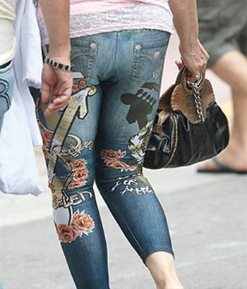 Decorate jeans