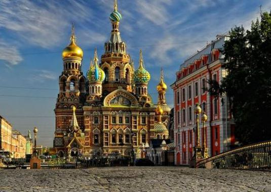 What to do in St. Petersburg?