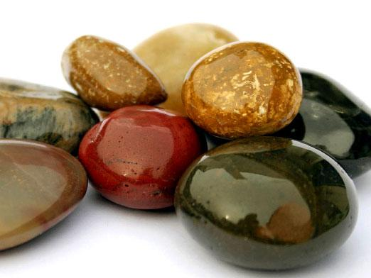Which stone is suitable for twins?