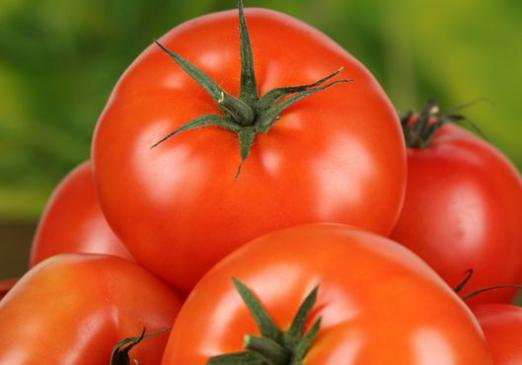 Why dream of red tomatoes?