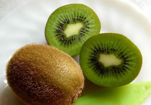 How many calories in kiwi?