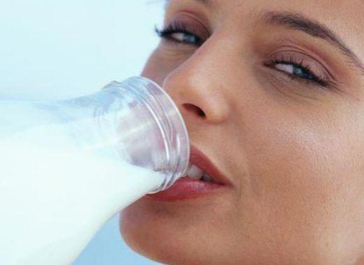 How much protein is in milk?