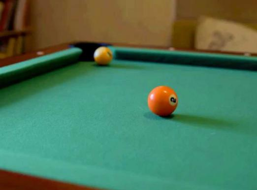 What is the difference between Russian and American billiards?