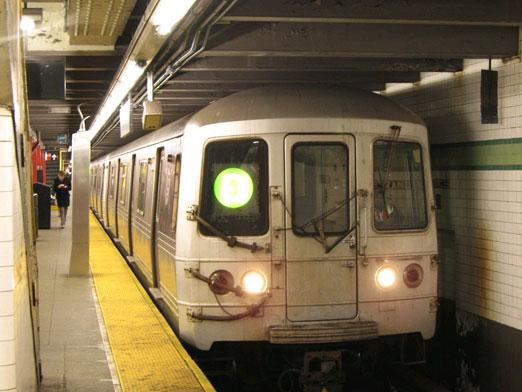 What cities have a subway?