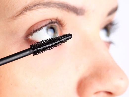 How to dilute mascara?