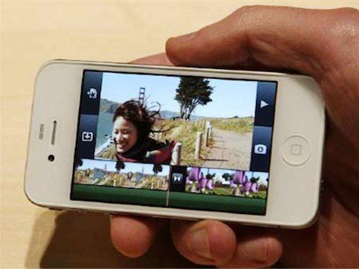 How to download a movie on the iPhone?